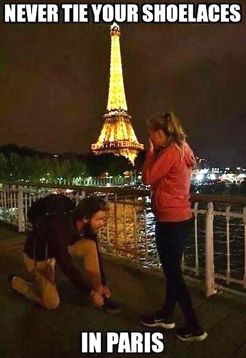 never-tie-your-shoelaces-in-Paris